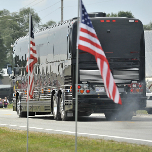 Obama Bus Tour Outlines Election Strategy