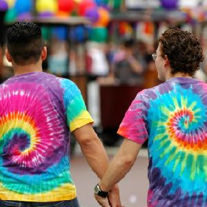 Gay Play Peeves High School Kids