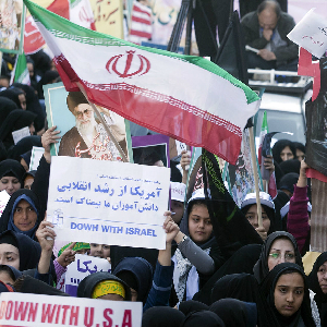 Obama Administration Tightens Sanctions On Iran