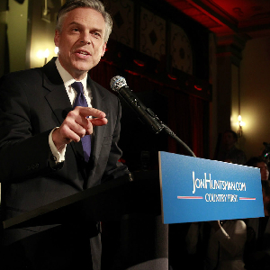 Huntsman Drops Out, Endorses Rival Romney