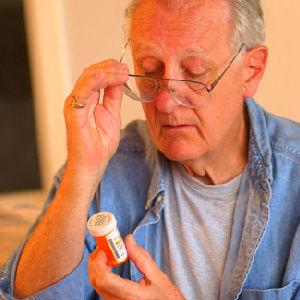 Many Seniors Unwittingly Take Potentially Dangerous Medicines