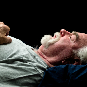 Light Sleepers More Likely To Get Alzheimer's